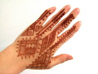 $30 This is a nice henna stain in a traditional Moroccan henna design style.