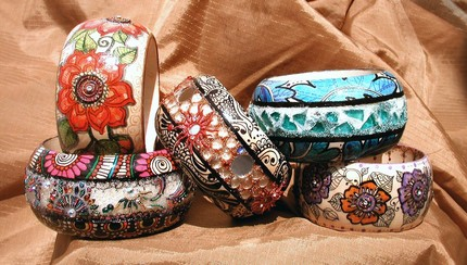 Banjidoo Premium Bangles with semi=precious stones, Swarovski crystals, and bindi body stickers.
