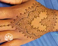 Learn what you need to know to do a henna party or fundraising event in this henna class.